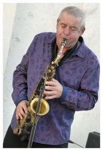 François Fava, saxophone.